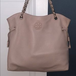 *like new* blush tory burch tote with chain handle
